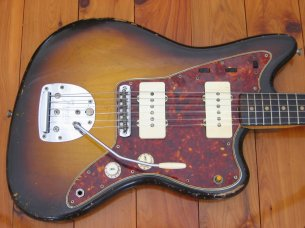Make: Fender  Model: Jazzmaster  Colour: Sunburst  Year: 1959  Serial Number: 418XX  Case: Original Tan
