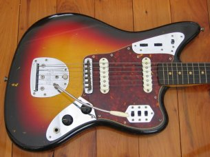 Make: Fender  Model: Jaguar  Colour: Sunburst  Year: 1962  Serial Number: 791XX  Case: Original Tan