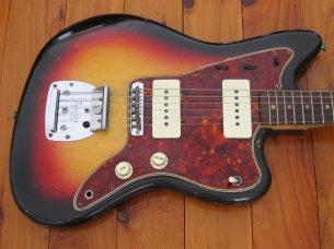 Make: Fender  Model: Jazzmaster  Colour: Sunburst  Year: 1964  Serial Number: L317XX  Case: Original White